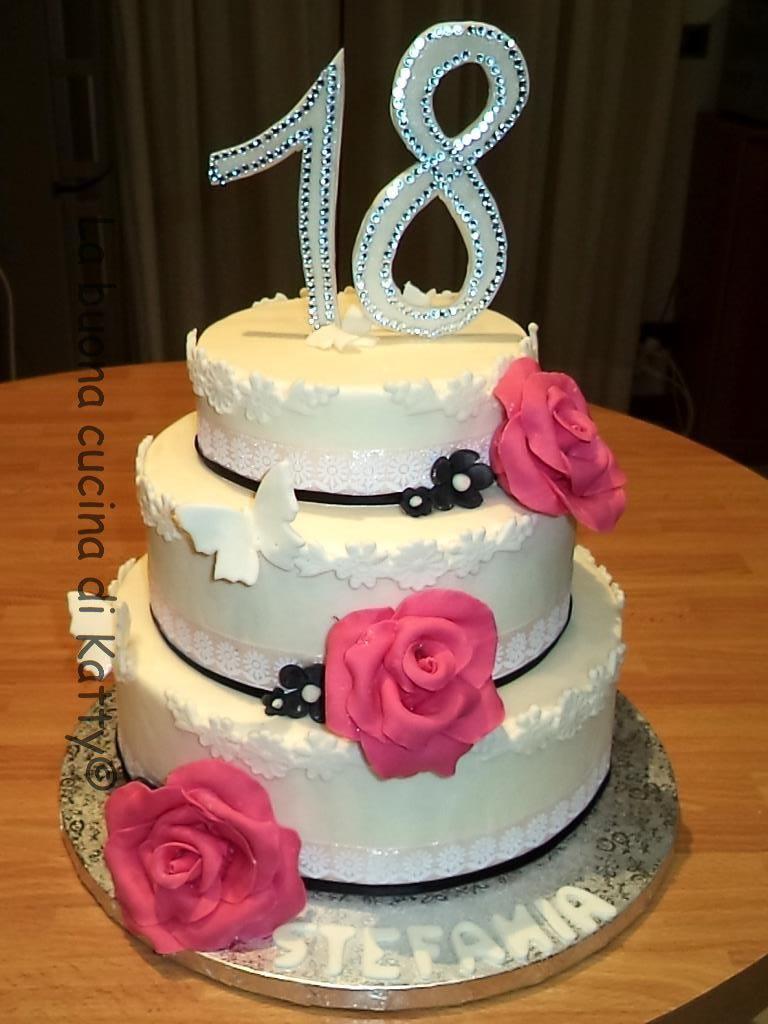La buona cucina di katty torta chic per i meravigliosi 18 for Torte per 18 anni maschile