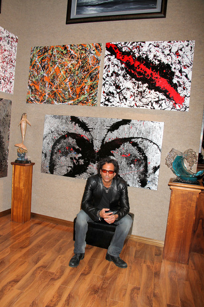 In Vogue 1 Day Fashion More Artist Of The Weekrichard Grieco