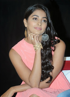 Actress Pooja Hegde Pictures in Short Dress at Oka Laila Kosam Prerelease Press Meet  3.jpg
