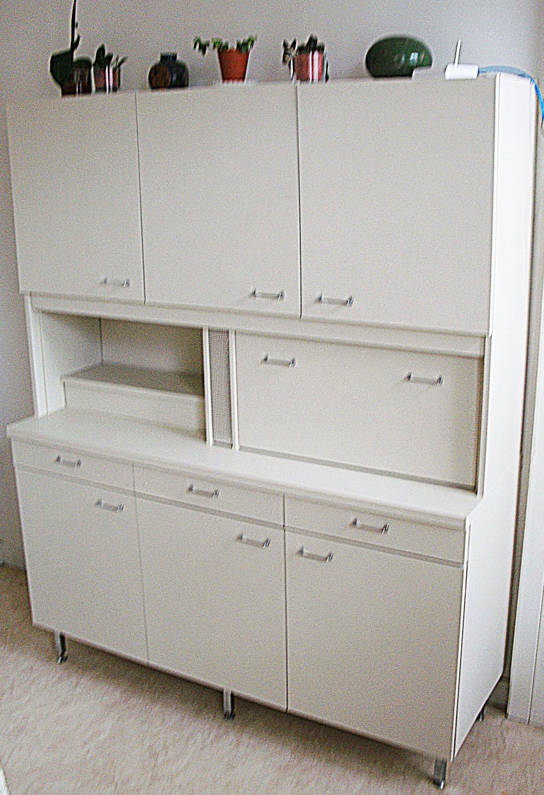 Bekannt L'Atelier Déco du Capagut: Le meuble en formica de Xhochabel RX37