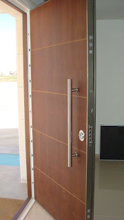 Aperturas de puertas blindadas