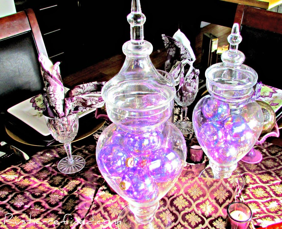 Purple Balls and Boxes Christmas Tablescape