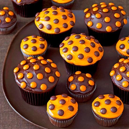 Blaze84 dotty halloween cupcake Cute easy halloween cakes