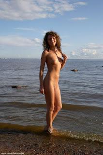 热裸女 - rs-Natalya_%25281001%2529-763052.jpg