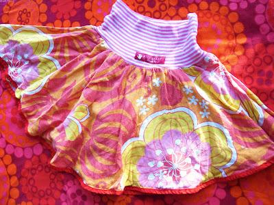 Inför inspirationsdagen på Gittes så gjorde jag kjolmönster i storlekarna  68 och ända upp till 122...det var så långt jag hann innan sängen kallade. 18a60e7833649