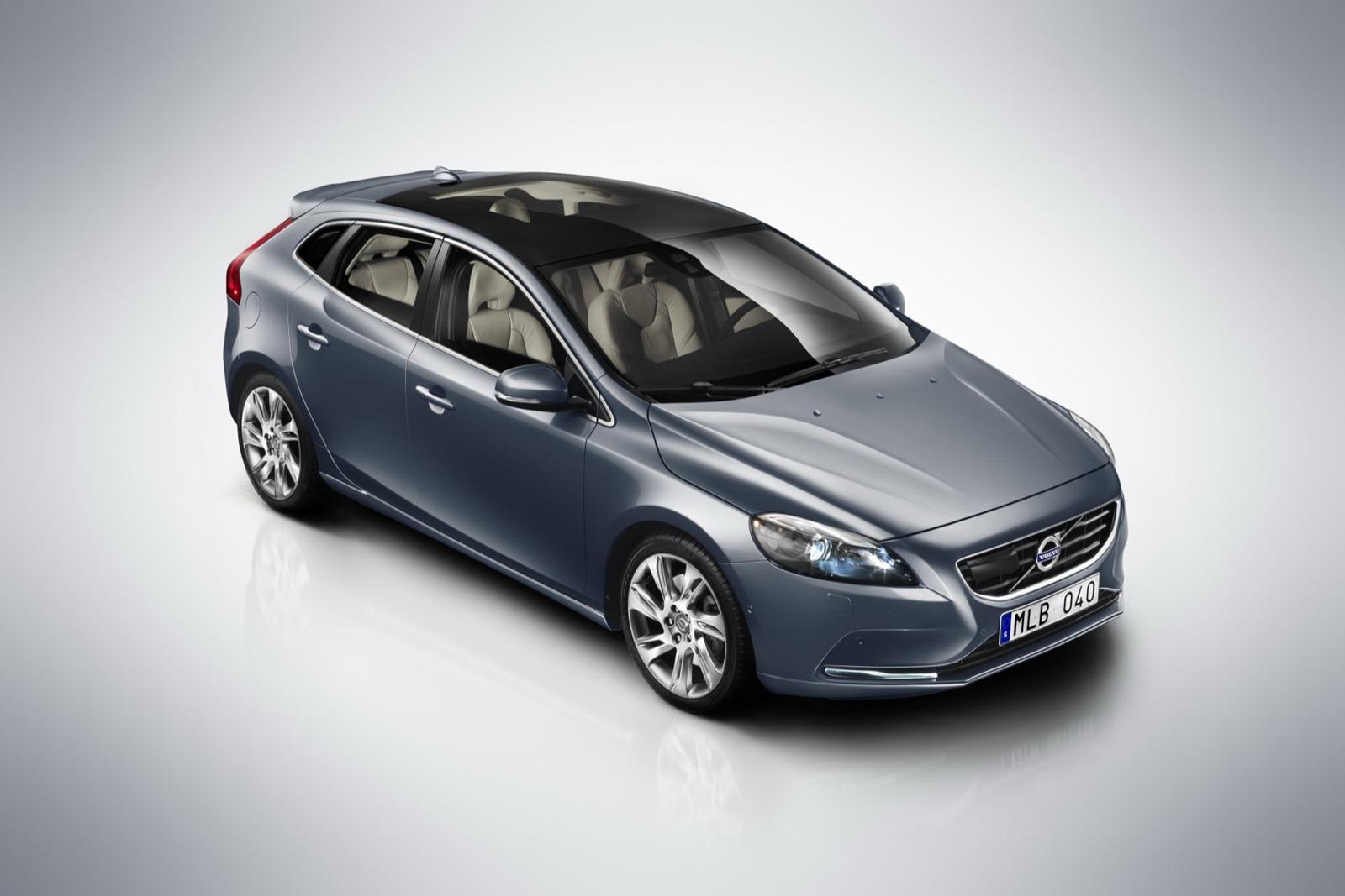 http://3.bp.blogspot.com/-P_tQZi-Xsog/T0uFJ9Pa-dI/AAAAAAAAAD8/c4W88wrLi84/s1600/2012-Volvo-V40-13-4.jpg