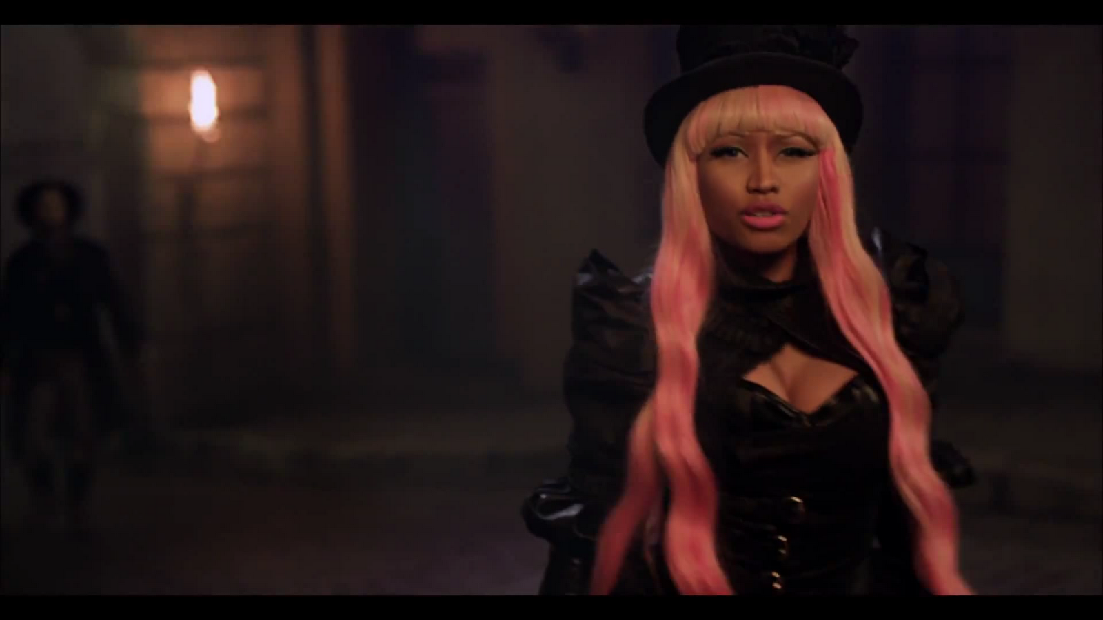 http://3.bp.blogspot.com/-P_yRn-TJszo/Tzm72hzyHnI/AAAAAAAAJjw/8TcOcFlhK5g/s1600/Captura-David+Guetta+ft.+Nicki+Minaj+-+Turn+Me+On.mkv-5.png