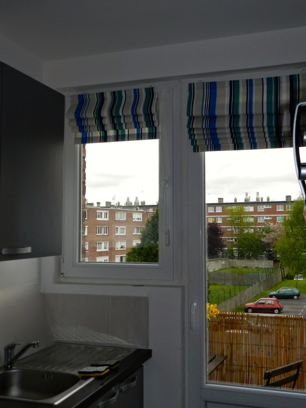 bypo cap de faire des stores ray s. Black Bedroom Furniture Sets. Home Design Ideas