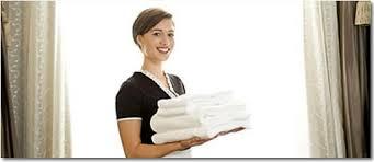adecco-outsourcing-busca-camareras-de-pisos-en-tarragona-y-barcelona