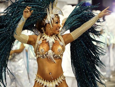 que significa lenocidio prostitutas brasileiras