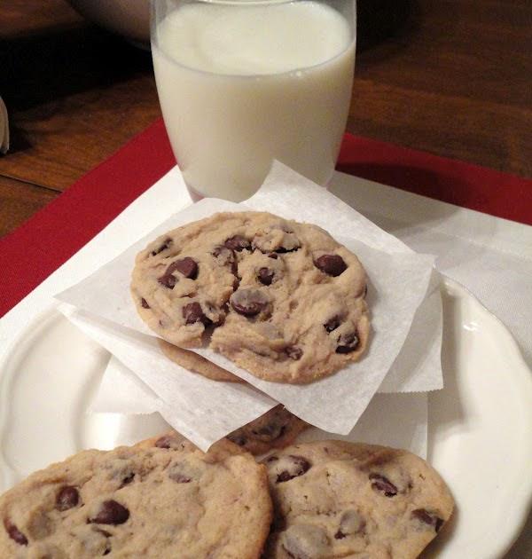 Domesticated Duchess: Cream Cheese Chocolate Chip Cookies