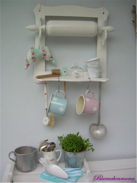 bluemchenmama my little house and me aus alt mach neu. Black Bedroom Furniture Sets. Home Design Ideas