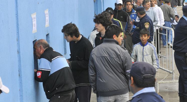 venta de entradas en el gigante de alberdi para belgrano de cordoba y estudiantes