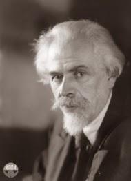 Viktor Aleksandrovich Vesnin, arquitecto
