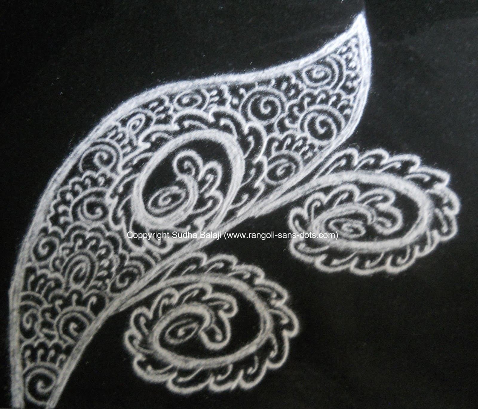 mehandi designs are drawn with mehandi cone that is available in the ...