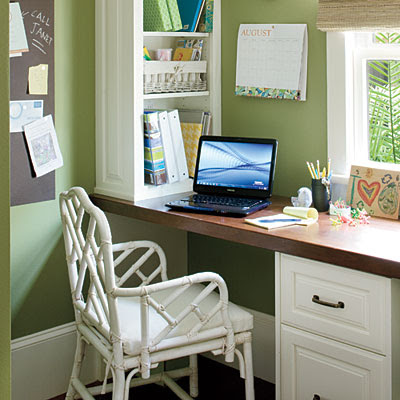 Little cottage that could mudroom ideas for Mudroom office