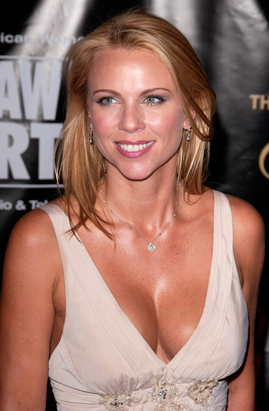 lara logan assault cell phone video. lara logan assault. lara logan