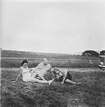 Naked Family, Diane Arbus