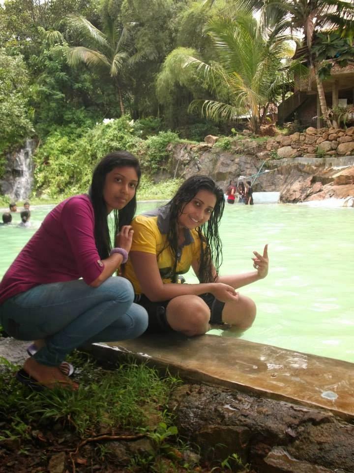 madhu nithyani in pool
