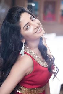 Poonam Kaur Unseen Hot Photoshoot Stills
