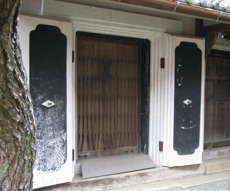 Plaster Kura doors with wood winter door inside. & Shibui Articles: Kura - Fireproof storehouses.