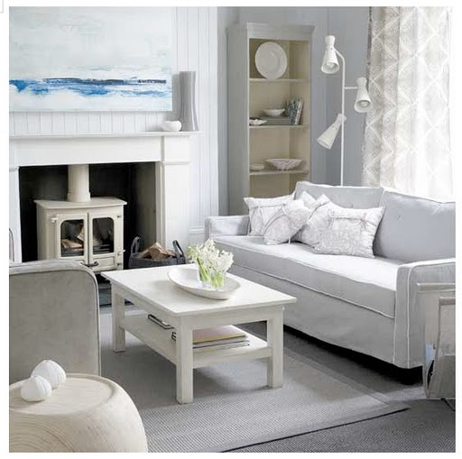 Blue Beach Cottage Living Rooms with Grey Walls 512 x 509