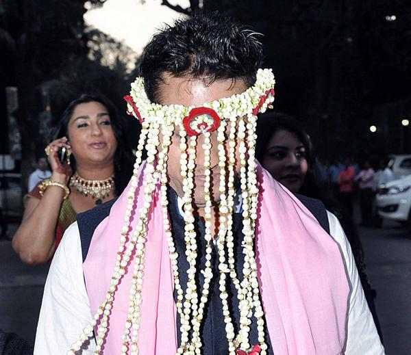 mr anurag deshmukh Vikasdeshmukh@finopaytechco m prajakta patil senior manager- business   mr anoop mishra , 9406913691 ,  mr anurag limaye chief manager.
