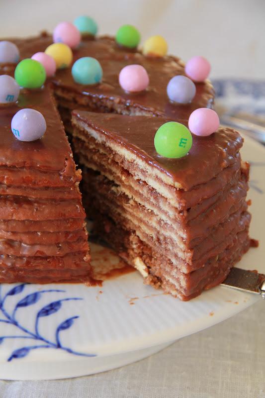 On Dine Chez Nanou Smith Island 10 Layer Cake Comme Dessert Pour P Ques