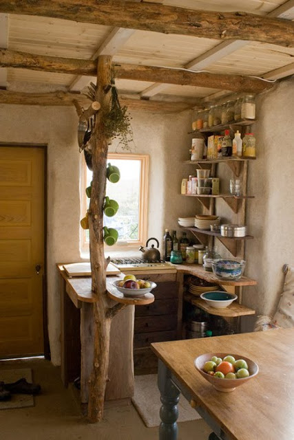 Merveilleux Natural, Woodsy Bohemian Kitchen