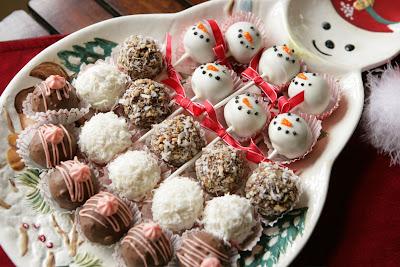Mini Red Velvet Cake Pops and Balls