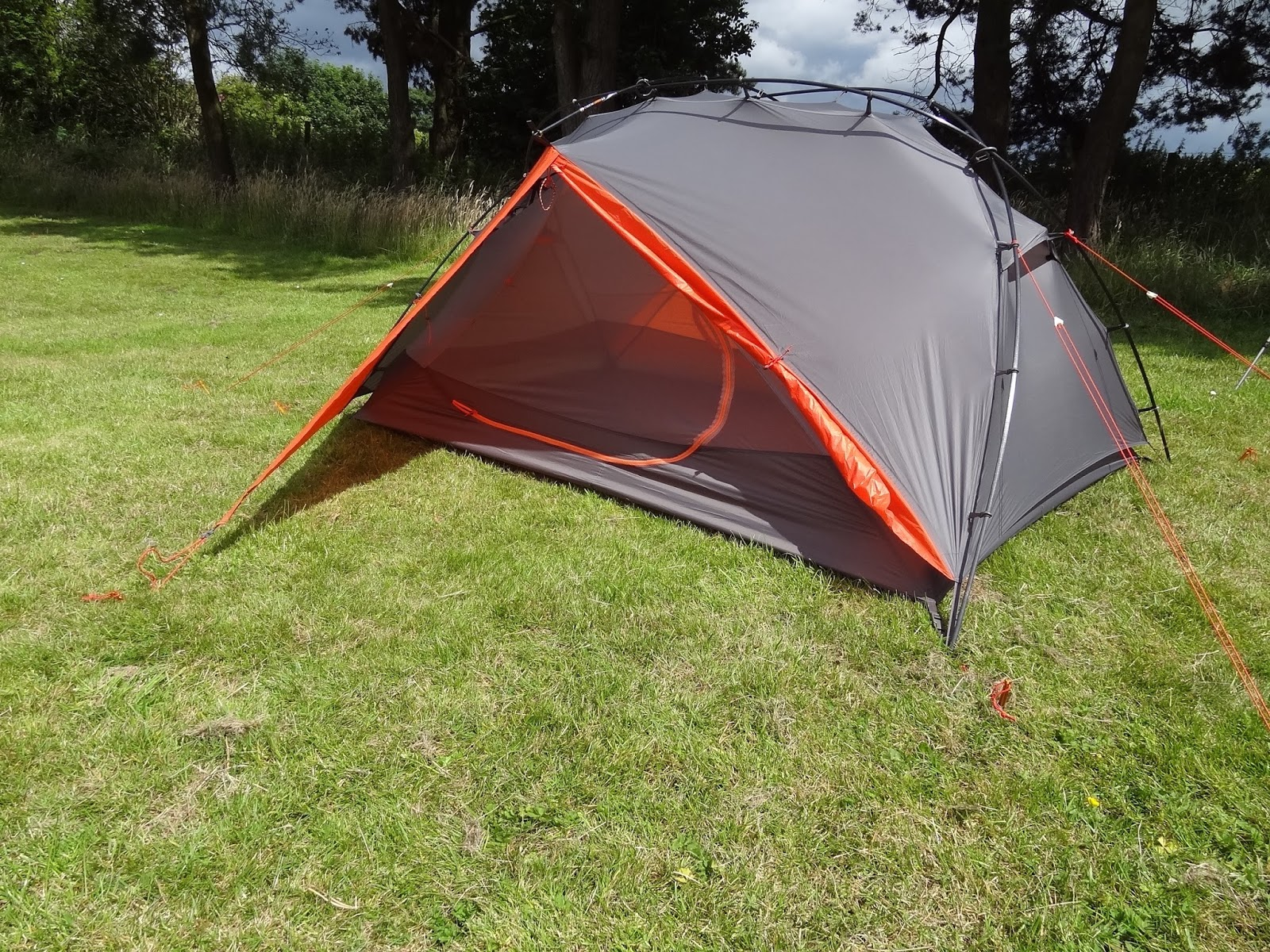 Image to show fabric tension guying points and vents. & A Blog on the Landscape!: KUIU MOUNTAIN STAR 2P TENT. (First look)