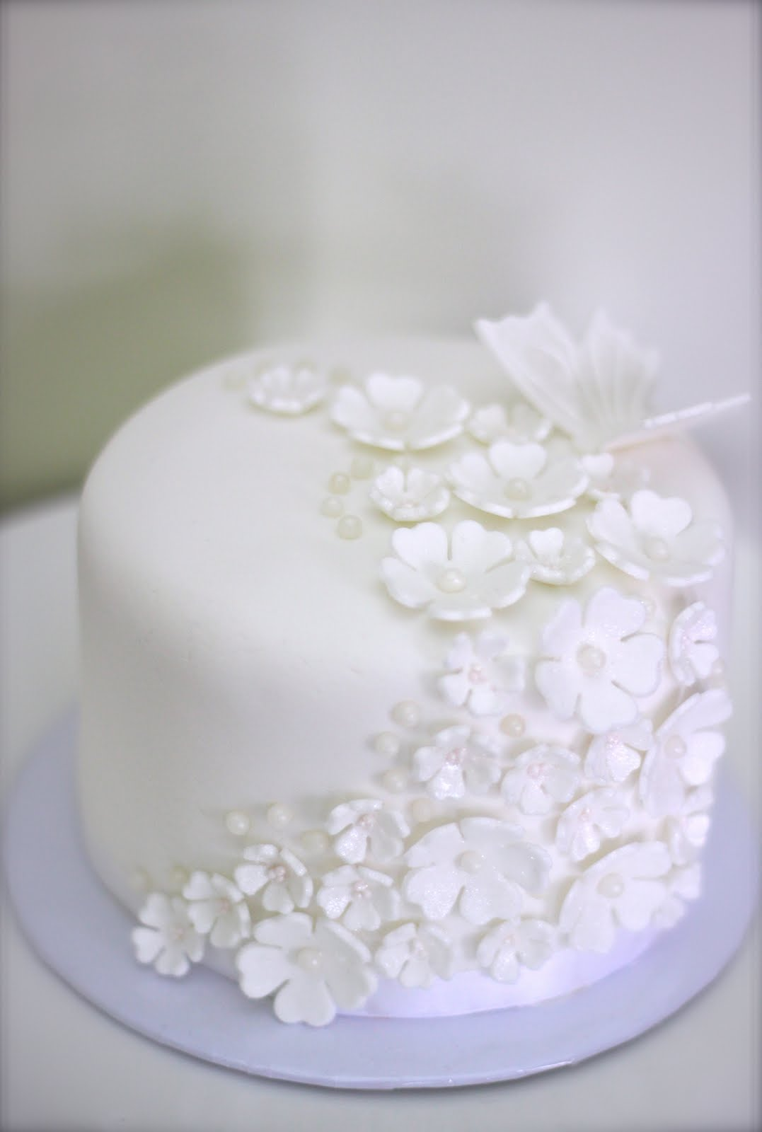 Sweet Art Cakes by Milbreé Moments: Pure Love Mother\'s Day cake
