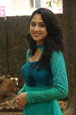 Malayalam hot actress Mia Gorge new photos