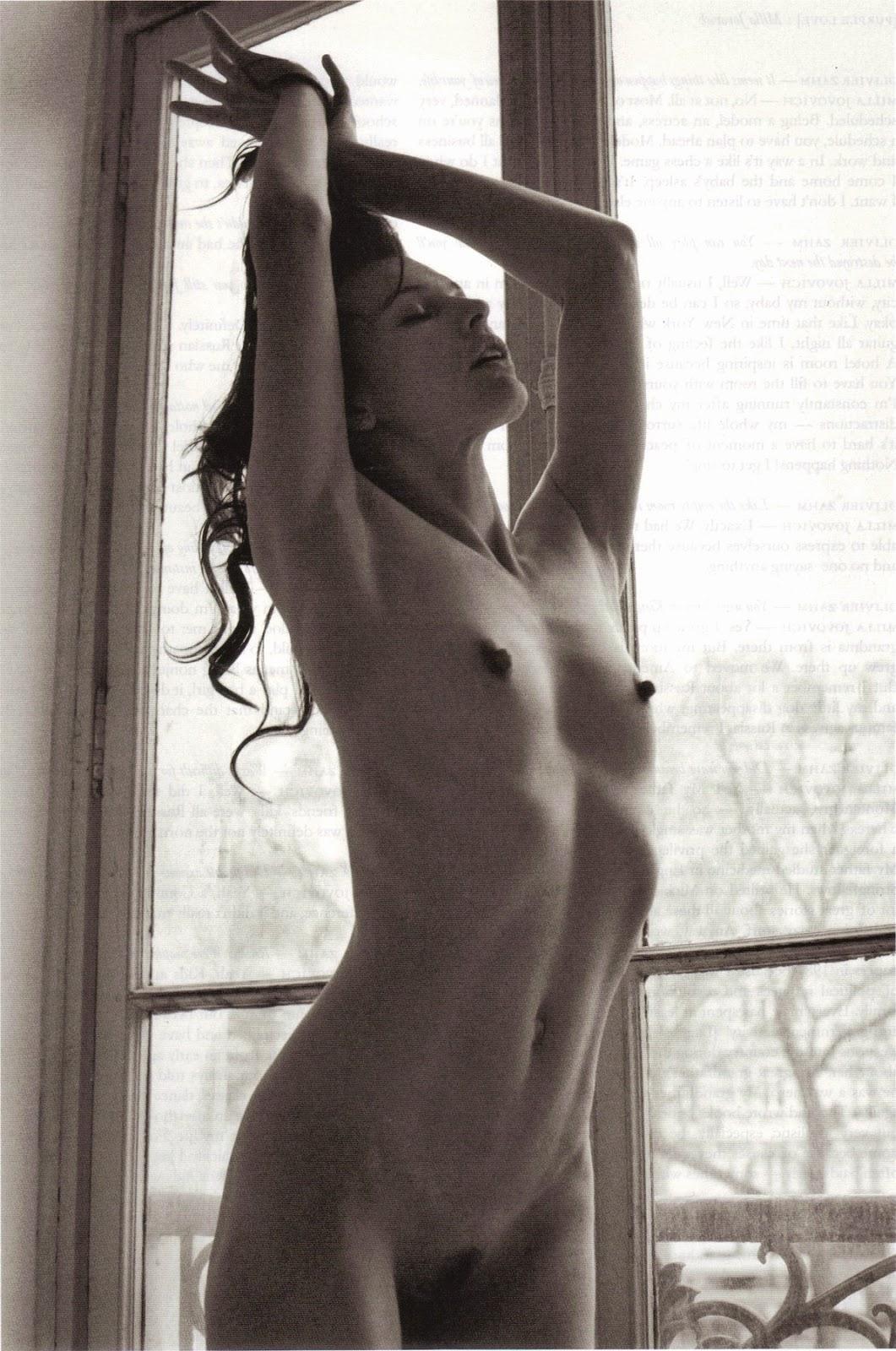 desnuda, caliente, tetitas, milla, jojovich