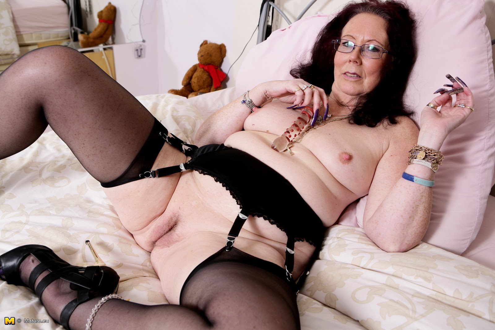And british granny fuck vol 06