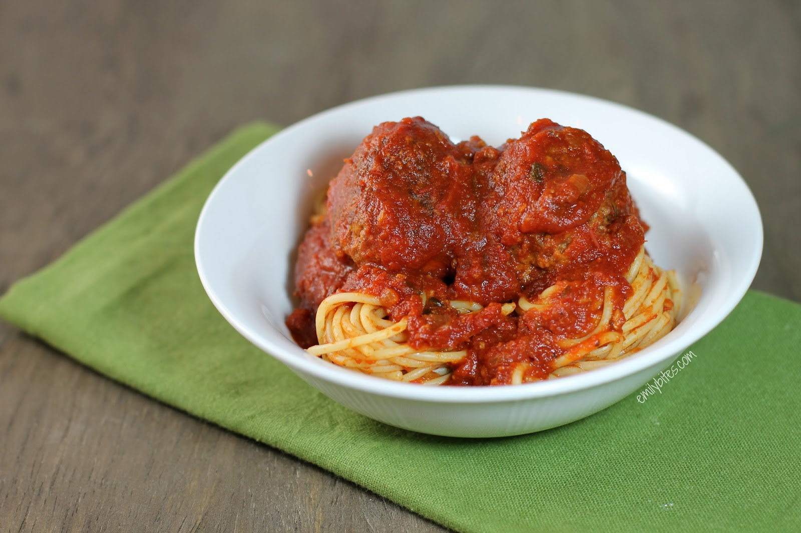 Slow Cooker Meatballs & Marinara | Pinnutty.com