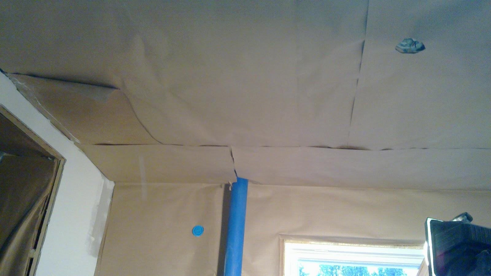 VANHAN TALON KUNNOSTUS Keittiön seinien ja katon ilmansulku