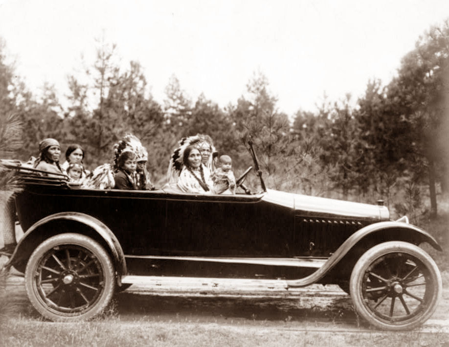 Old Picture of the Day: Indians Riding in Car