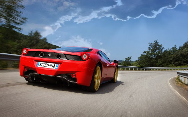 2014 Ferrari 458 Scuderia Wallpaper