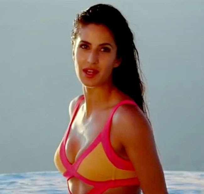 Katrina Kaif Donned Swimsuit with Hrithik for 'Bang Bang' cinema