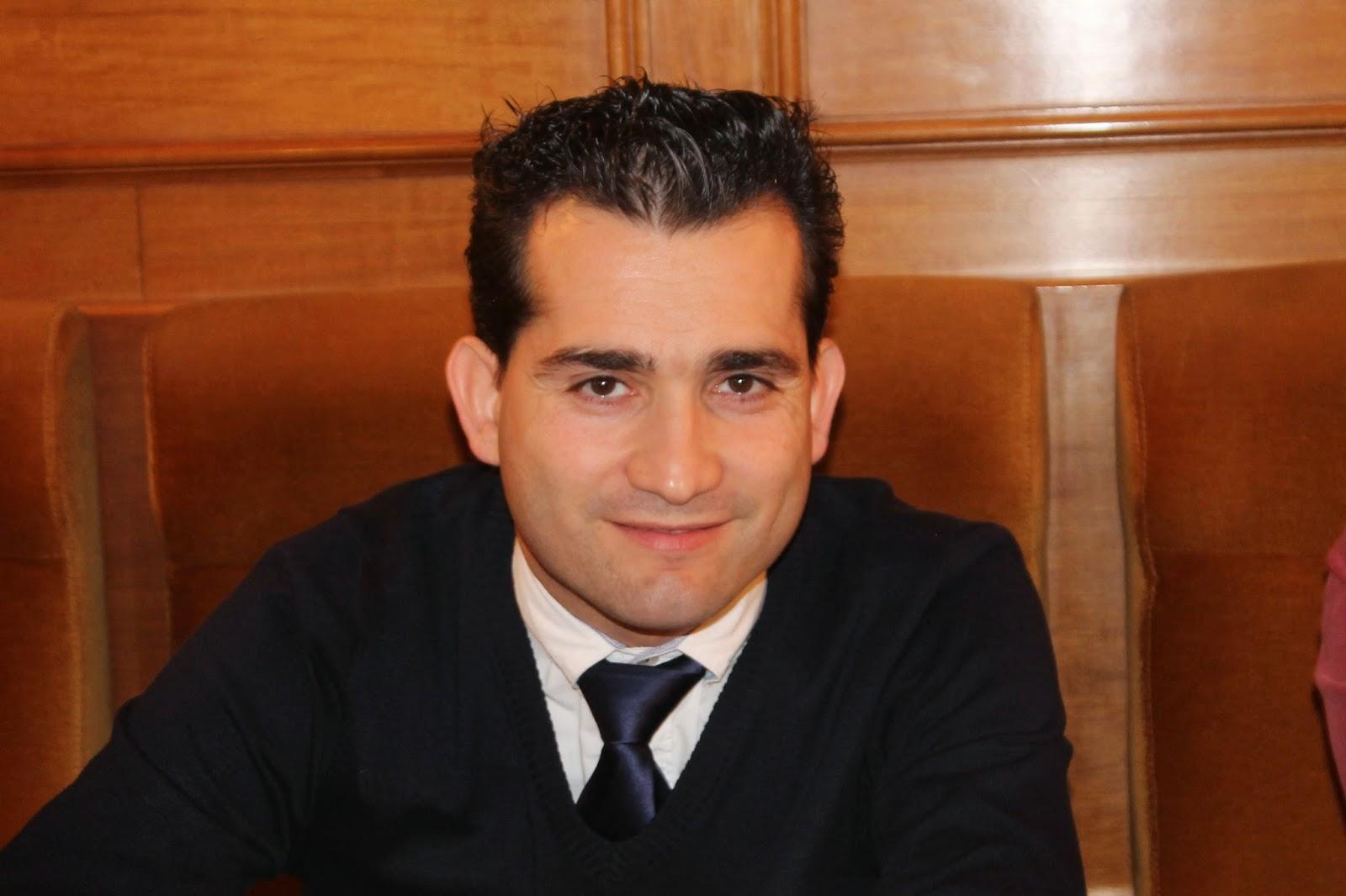jaime-david-corregidor-candidato-del-psoe-a-la-Alcaldía-de-Navalcán-Toledo.jpg
