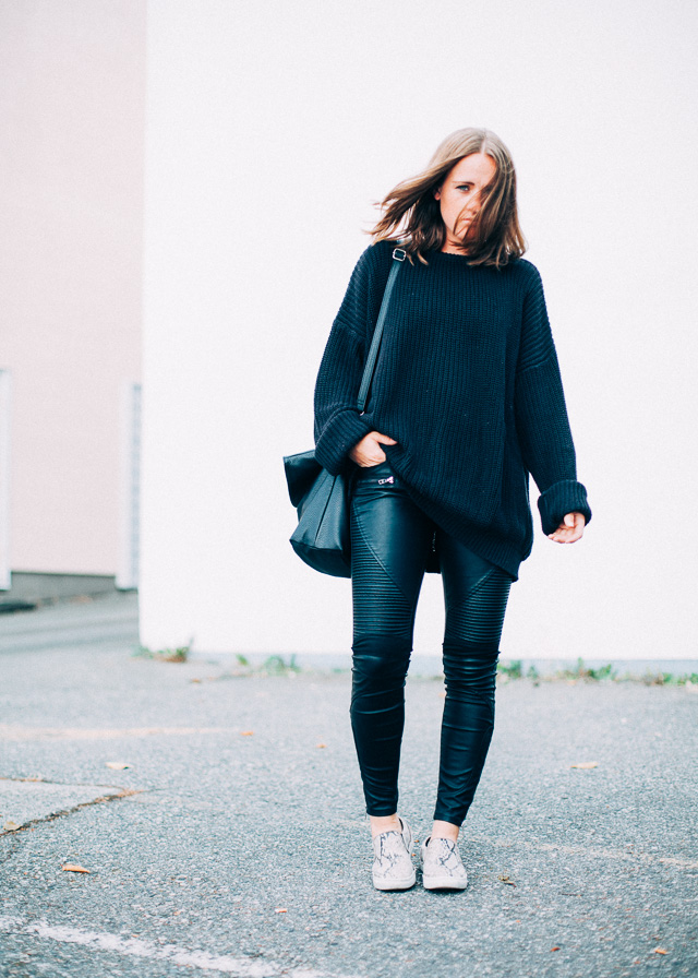 In My Dreams, Vancouver fashion blogger wearing new Blank NYC vegan leather moto pants via Shopbop.
