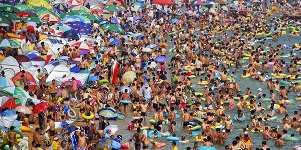 Pantai Terindah Yang Harus Dihindari