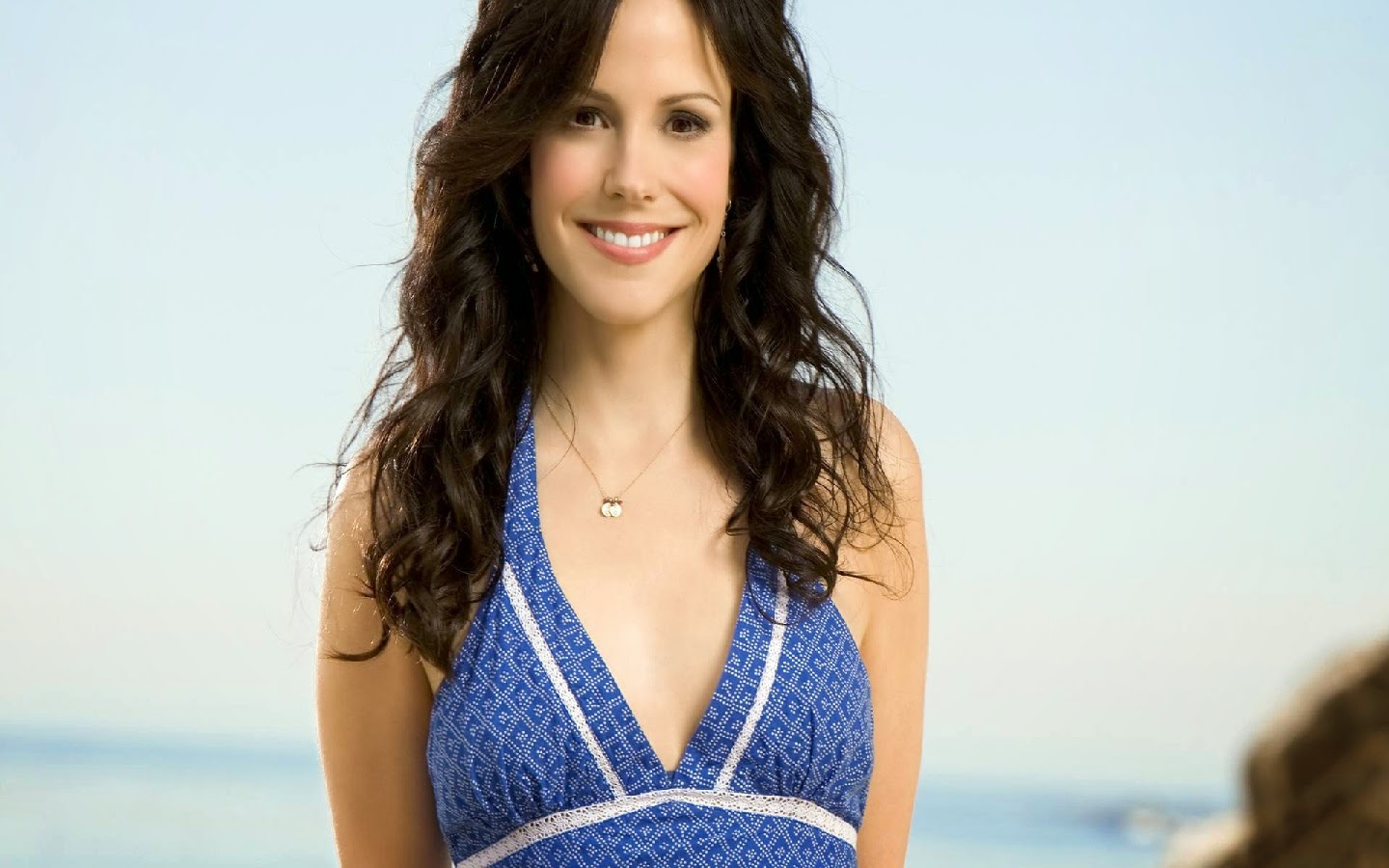 MARY LOUISE PARKER_WALLSTOWN_IN_HOLLYWOOD ACTRESS_HOLLYWOOD CELEBRITIES