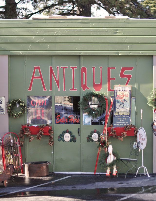 christmas antique shop in Lake Arrowhead, Cedar Glen