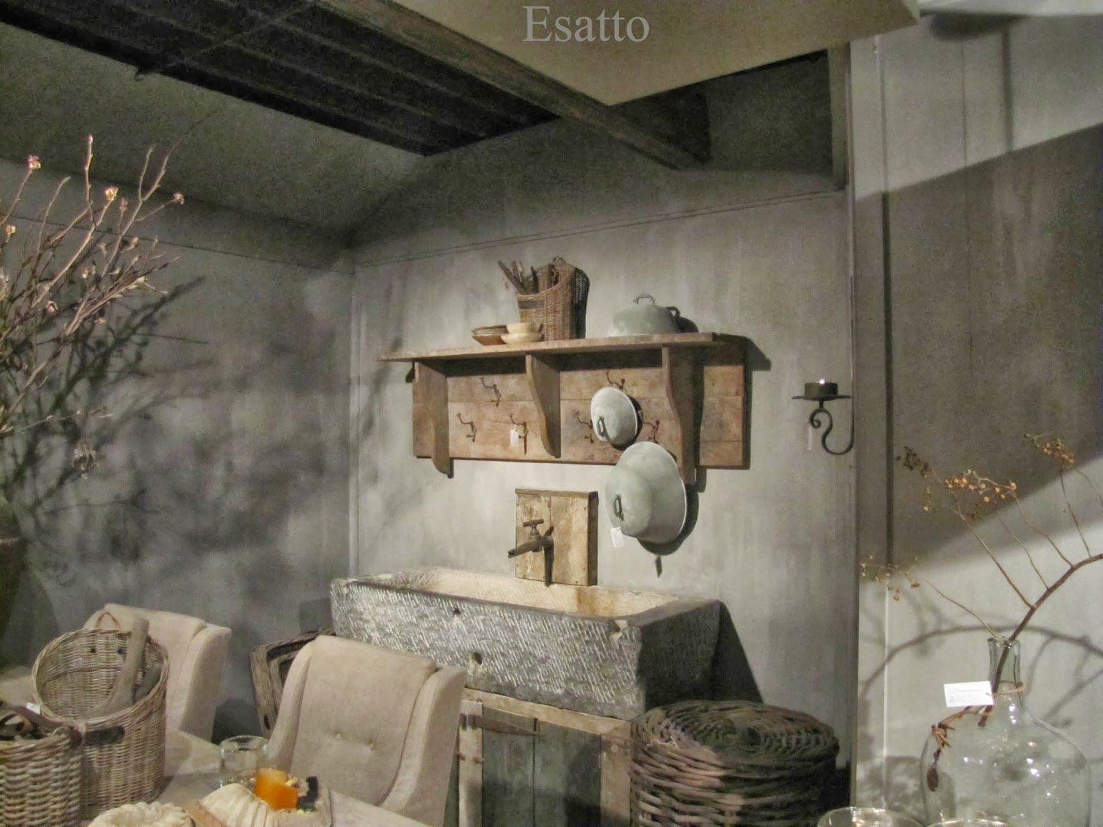 Esatto by Ravensbergen: Wonen Landelijke Stijl Woonkamer by Hoffz