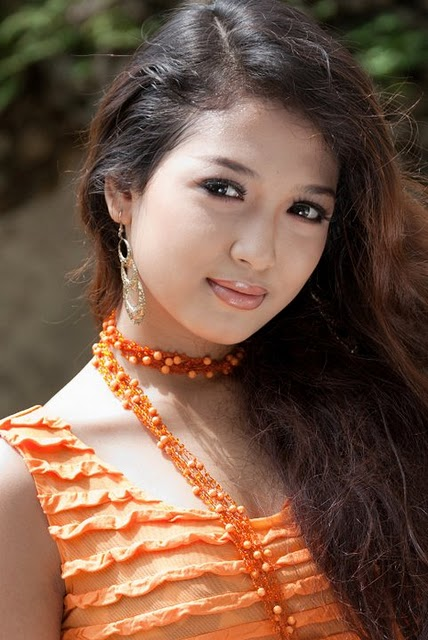 San Yati Moe Myint,myanmar models