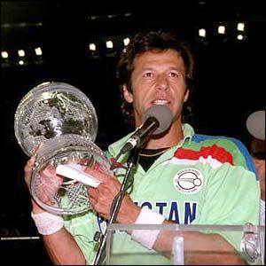 Indian Newspaper Praising Imran Khan - Imran Khan was the Best All Rounder of His Time - Richard Hadlee