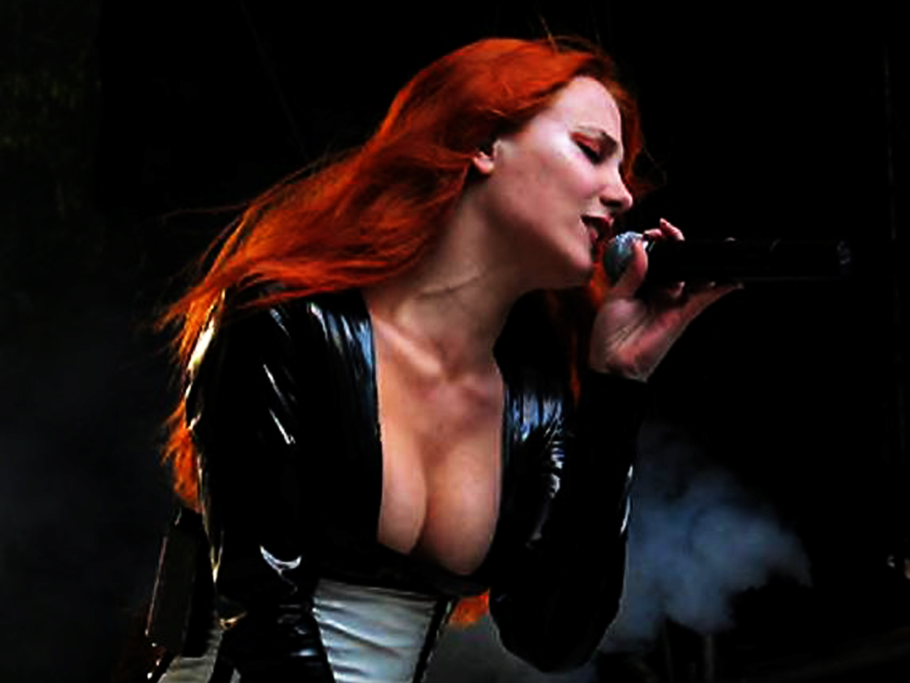 simone simons ladies sexy - photo #4