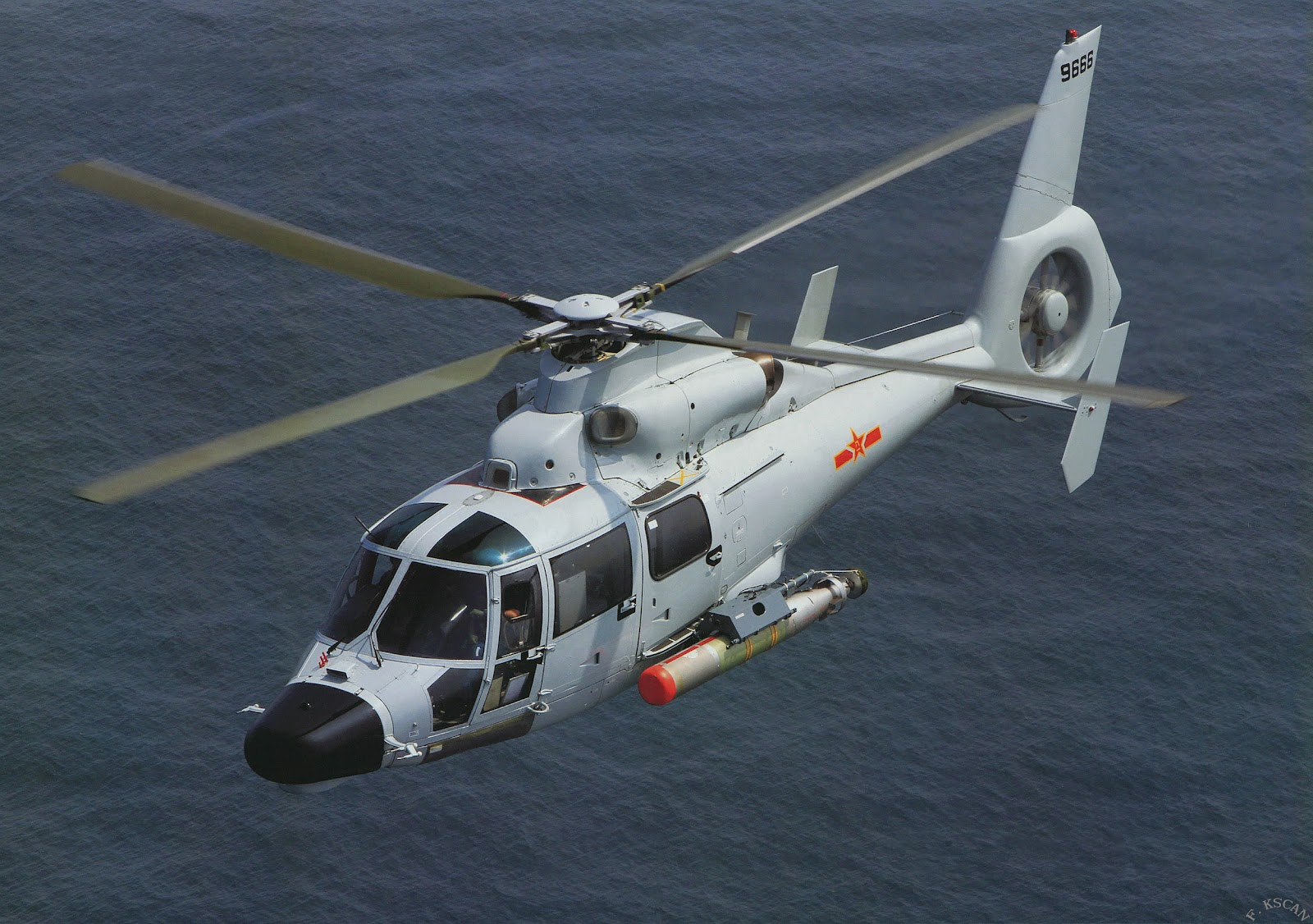 ال H-6 فى حلتها الجديدة (H-6K) Harbin+helicopter.+Z-9EC+ASW+Naval+Air+Arm+pulse-compression+radar,+low+frequency+dipping+sonar,+radar+warning+receiver+and+doppler+navigation+system,+torpedoes+frigates+(3)